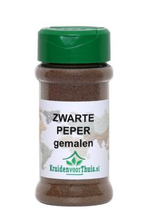 Zwarte peper gemalen